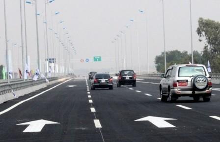 Đường cao tốc bến lức long thành